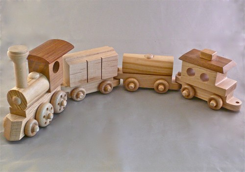 Wooden Toy Trains Images & Pictures - Becuo