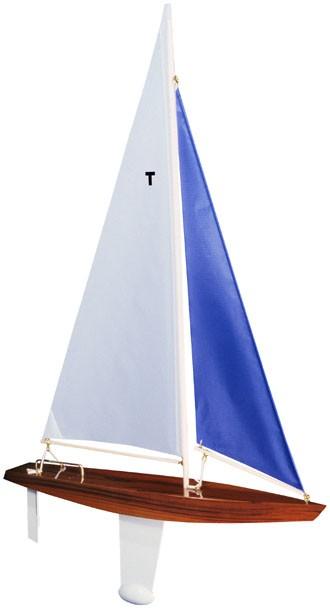 Model Sailboat – T-Class Racing Sloop
